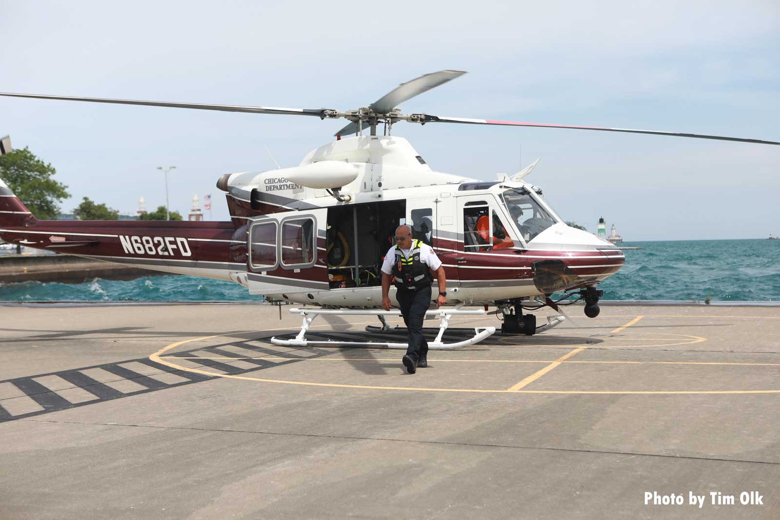 Chicago fire helicopter lands