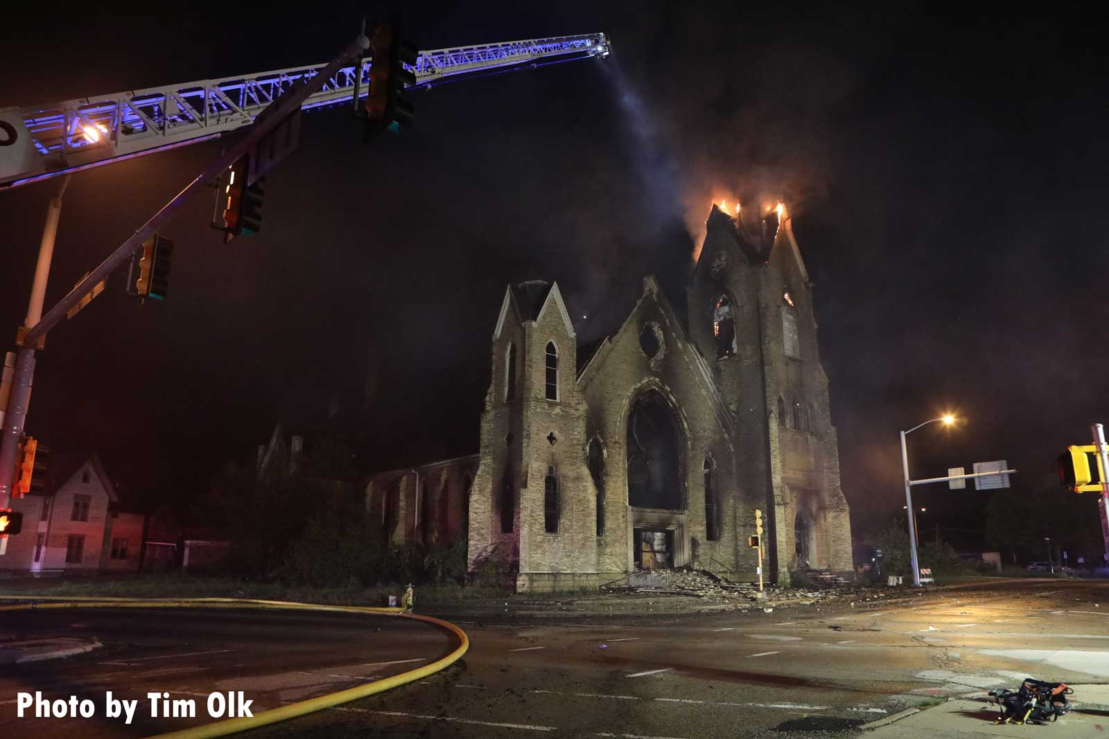 Elevated master stream used on church fire