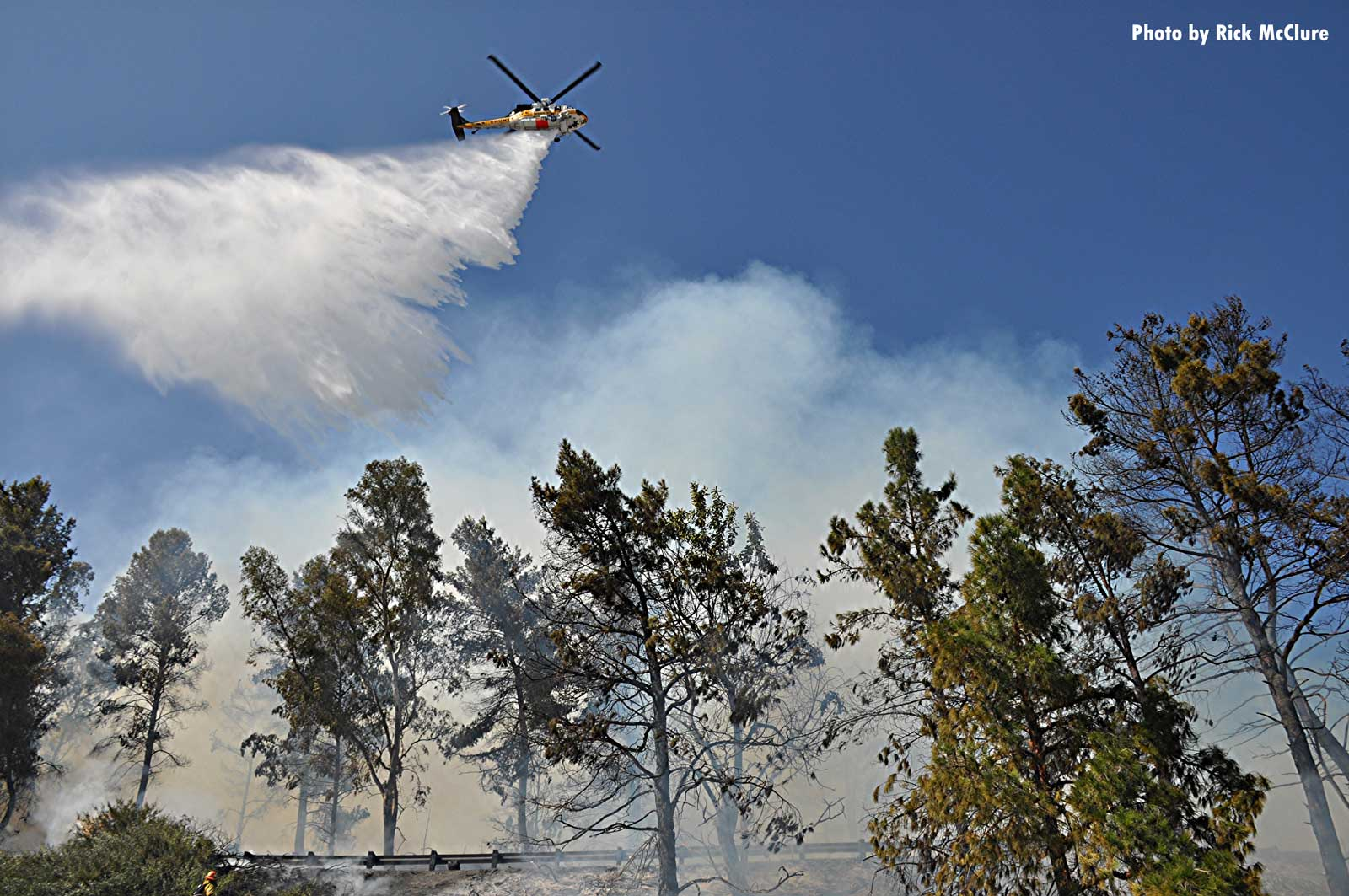 Air drops on Porter Ranch brush fire