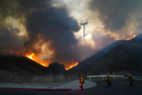 Helicopter drop at California wildfire