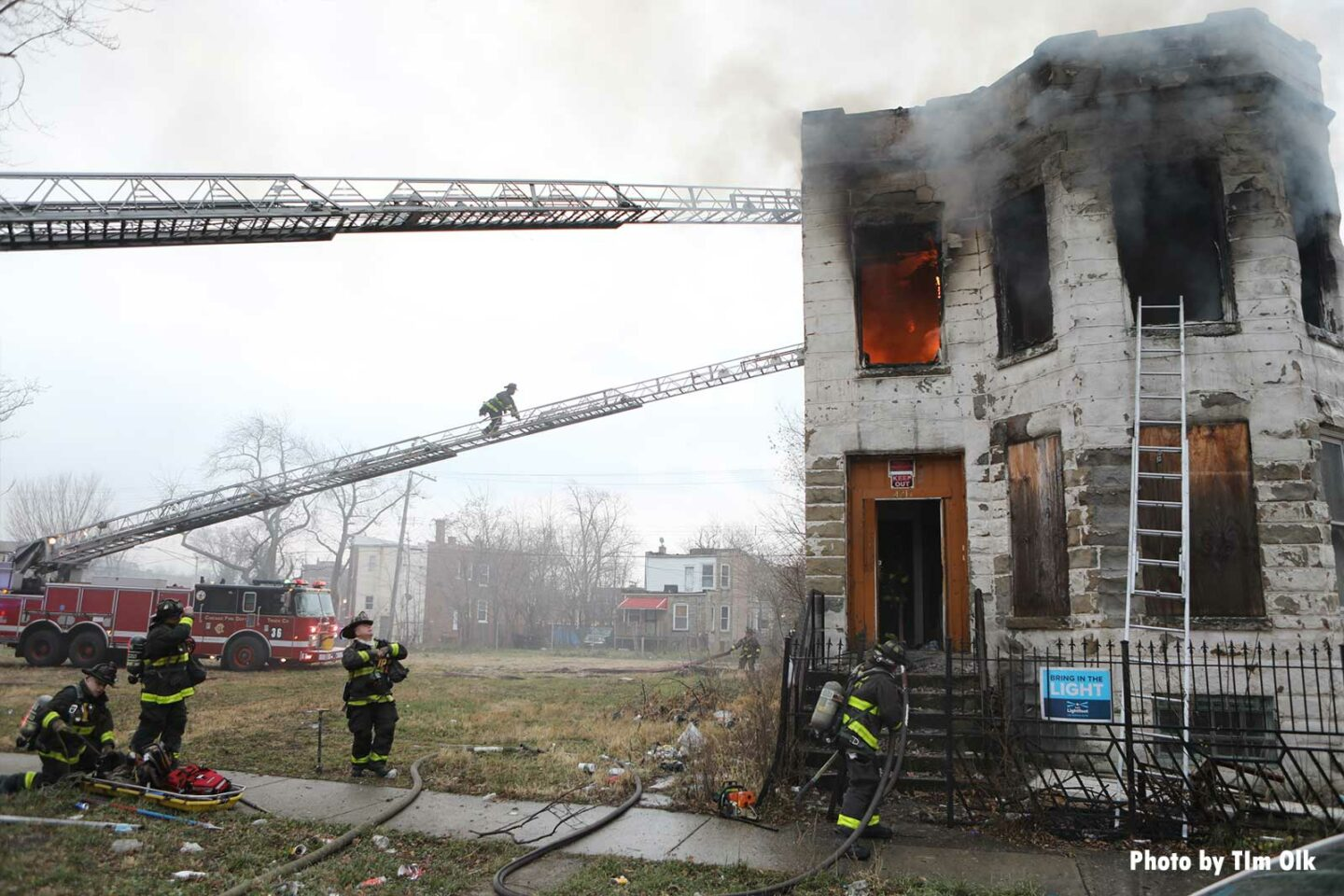 Multiple Chicago aerials in use at structure fire