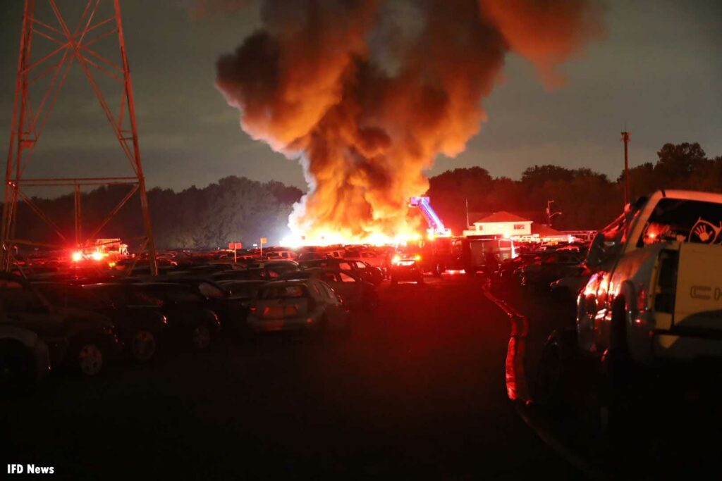 Indianapolis firefighters respond to fire that burns dozens of vehicles