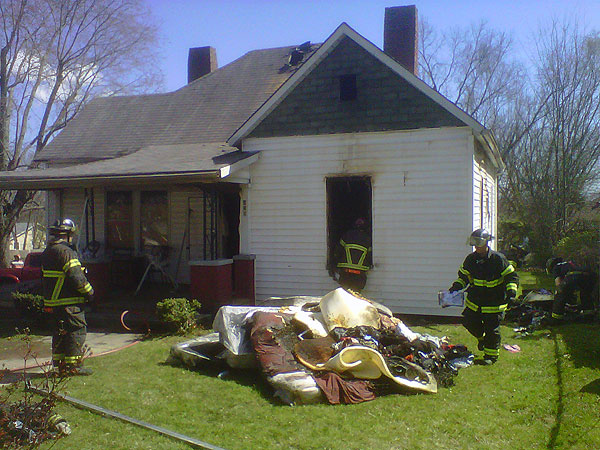 Firefighter News: Baby Burned in Knoxville (TN) Fire